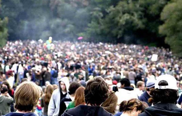 Une grande session de fumette organisée devant le Capitole pour le 420